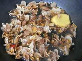 赤ちゃん稚貝を調理
