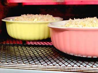 オーブンでグラタンを焼く