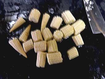 帆立稚貝(ベビーホタテ)八宝菜に使うベビーコーン