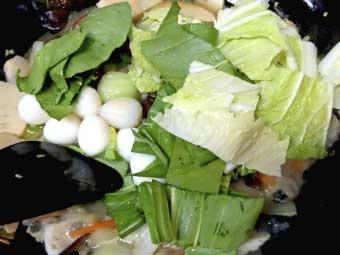 帆立稚貝(ベビーホタテ)八宝菜に葉物を加える