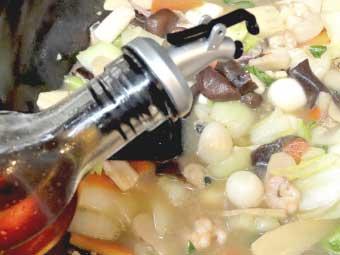 帆立稚貝(ベビーホタテ)八宝菜に仕上げのゴマ油