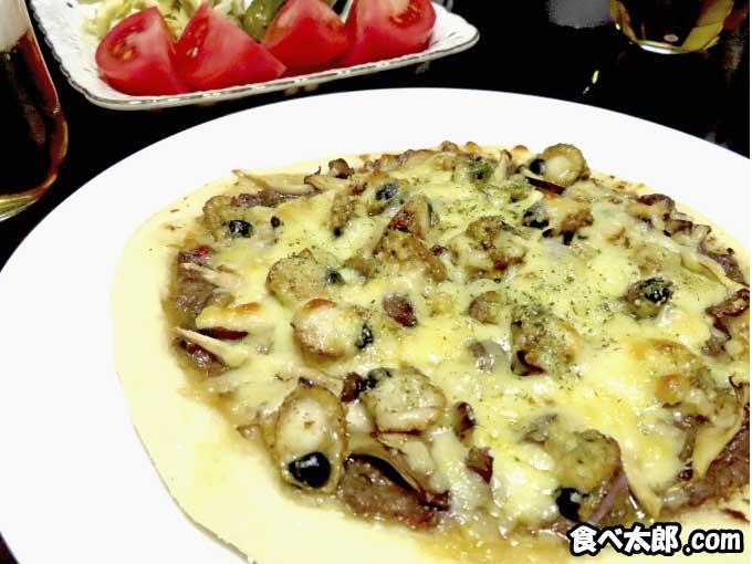 帆立稚貝とキノコのピザを実食