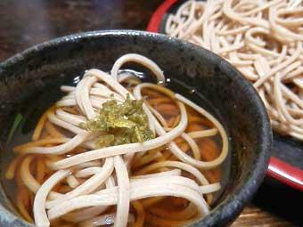 ぶりしゃぶの〆に蕎麦と柚子胡椒