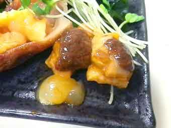 海鞘(ホヤ)の肝膵臓とへそ