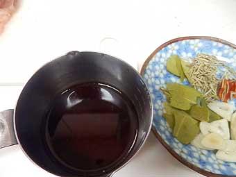 ローストチキン用のマリネ液の材料