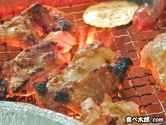 BBQ会場で網焼きにしたタンドリーチキン